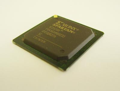 FPGA XC2S200-5FG456C