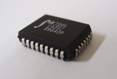 512×9 非同期FIFO IDT7201LA35J