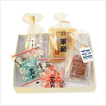 [熊谷のお菓子] 軍配せんべいとニシダ飴 おうちセット