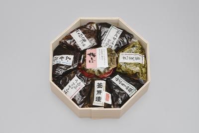 養肝漬など宮崎屋伝統の漬物、惣菜のギフト 俳味菜庵(8点セット)
