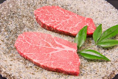 伊賀牛 ステーキ用(モモ150g・2枚~4枚)