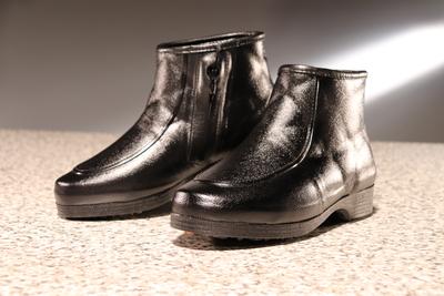 第一ゴム 滑りづらい冬靴(紳士用)