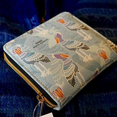 ハシビロコウ柄 ファスナー二つ折り財布【Original】