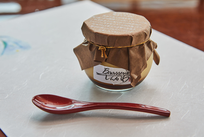 ブラッスリーしんかわ      流山特産物白みりんを使用した自家製みりんプリン (単品1個)