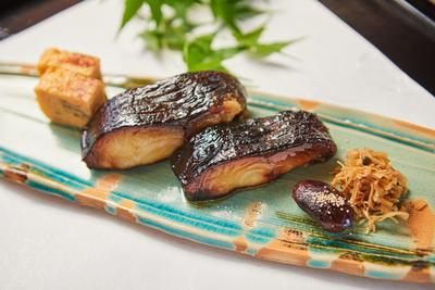 かんざ   銀鱈の西京焼き