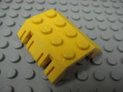 %44571 スロープ45度[黄]4x4(両側傾斜、ロックヒンジ付、斜面:粒大)