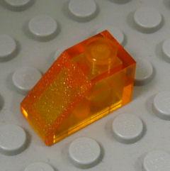 %3040 スロープ45度[透明アメ色]2x1(斜面:粒大)