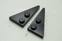 %65426 65429 ウェッジプレート[黒]2x4(ポッチ2個、左右ペア)