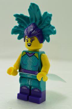 F6017 Cabaret Singer(アクセサリ、台座付属しません)