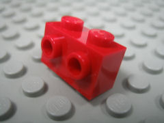 %11211 ブロック[赤]1x2(片側面にポッチ2個)