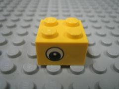 %3003 ブロック[黄]2x2(目玉、新タイプ)