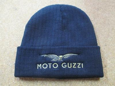 Moto Guzziロゴ入りニットキャップ(ブラック)
