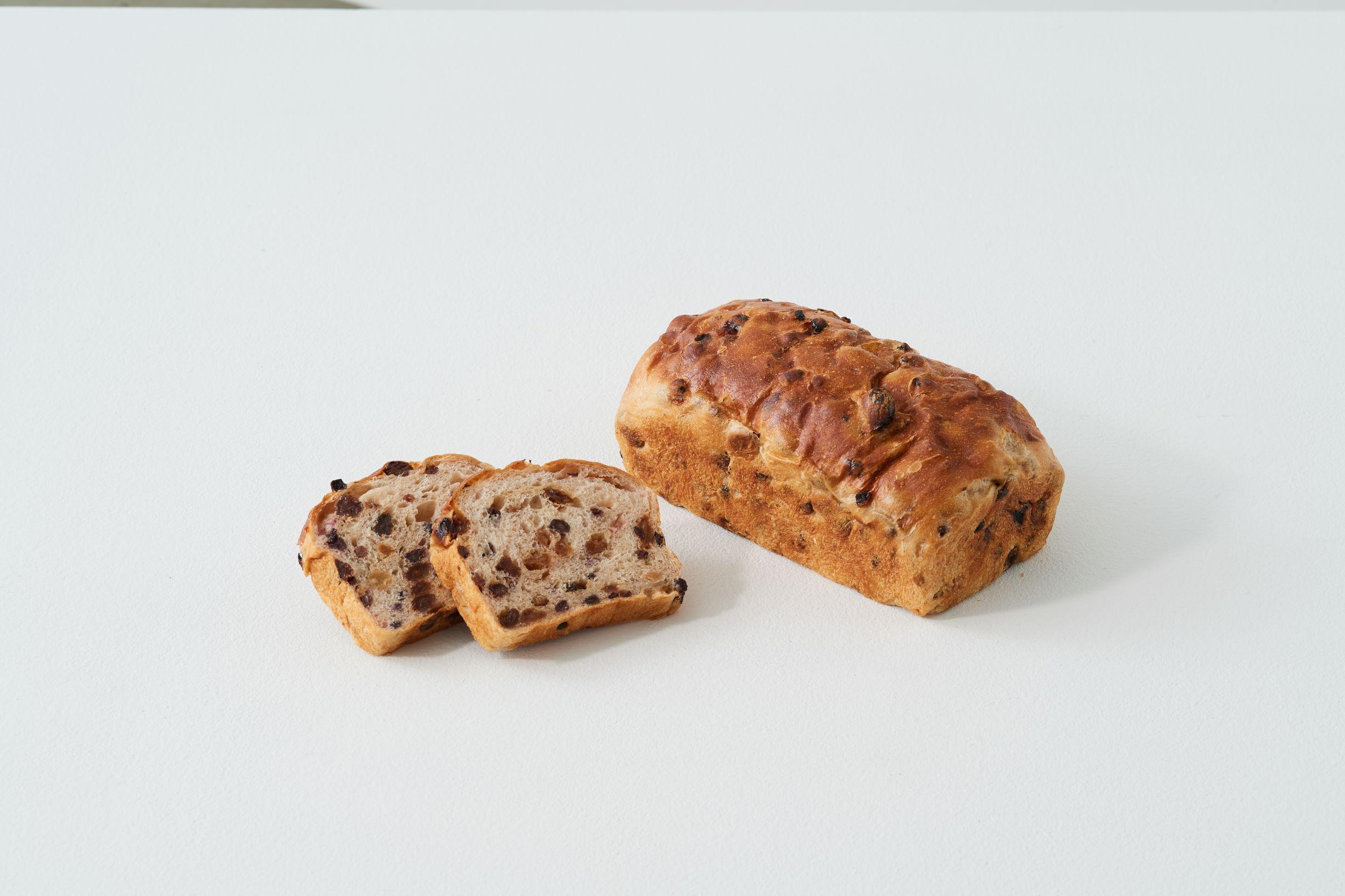 4種のレーズン食パン