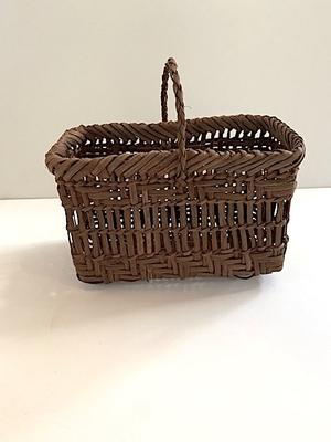 岩城山麓 山葡萄蔓細工 basket