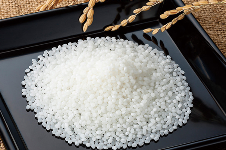 米と水を吟味する