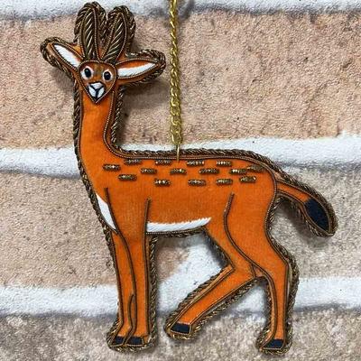 ガゼル ザリ刺繡キーホルダー