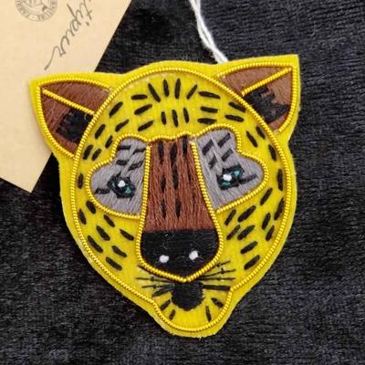 レオパード ザリ刺繡ブローチ