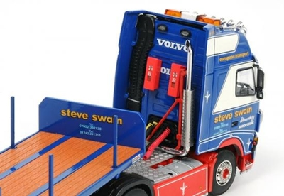Steve Swain - Volvo FH2 Globetrotter XL Tractor with 3-axle Flatbed Trailer