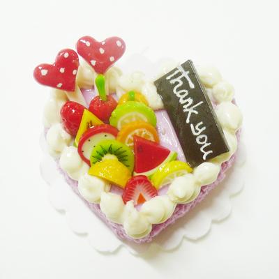 【激安・ミニチュア・ネコポス便】ハート型 ケーキ028(ミニチュア雑貨、ミニチュアフード、ミニチュアスイーツ、ホールケーキ)