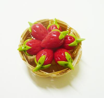 【激安・ミニチュア・ネコポス便】果物 カゴ 021(ミニチュア雑貨、ミニチュアフード、コレクション)