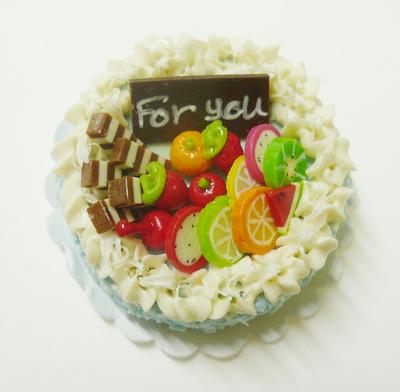 【激安・ミニチュア・ネコポス便】ラウンド型 ケーキ034(ミニチュア雑貨、ミニチュアフード、ミニチュアスイーツ、ホールケーキ)