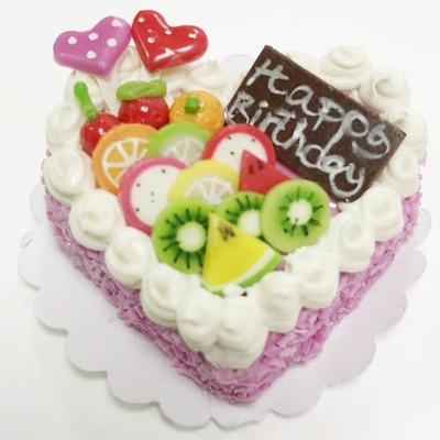 【激安・ミニチュア・ネコポス便】ハート型 ケーキ006(ミニチュア雑貨、ミニチュアフード、ミニチュアスイーツ、ホールケーキ、コレクション)