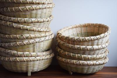 成田の竹で編んだザル